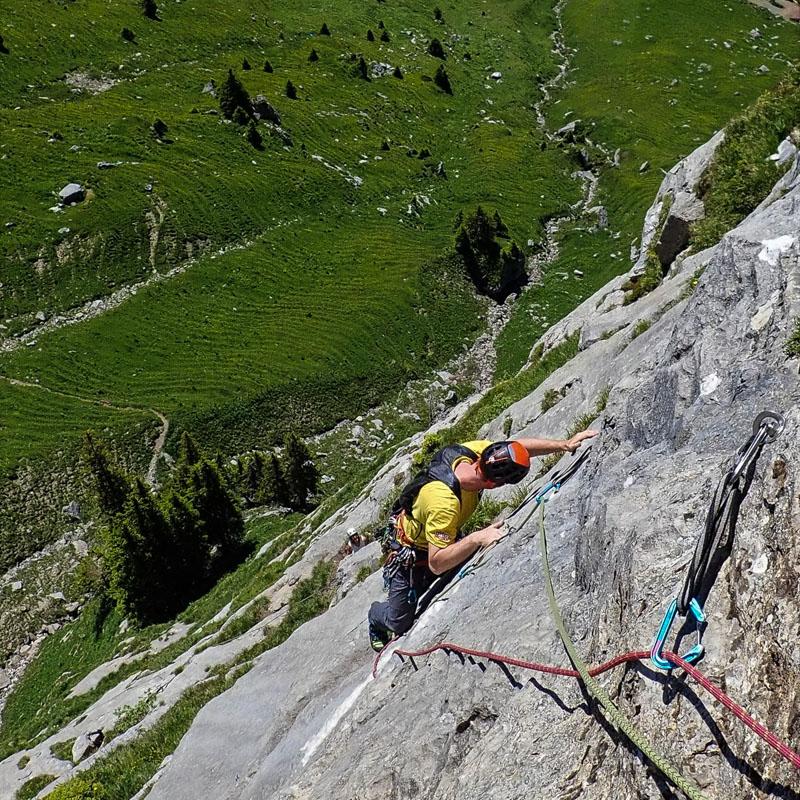rock climbing Ueschenen